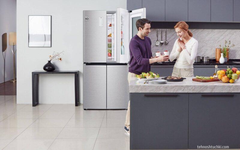 Холодильник в стальном цвете