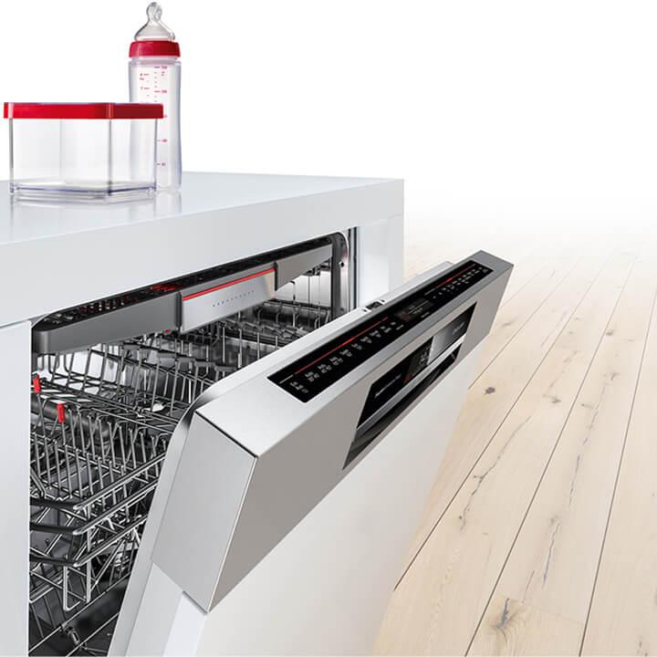 Новые узкие посудомоечные машины Бош - Hygiene Care с возможностью голосового управления